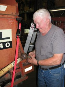 Forage - Chopper - Box - Chopper Box Check Up - Maintenance Photo - Bill