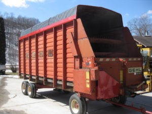 Gehl 960 - 18 Foot - J - Farm Machinery Inventory - Equipment - Farm - Machinery - Inventory - Waterman - Waterman's - Forage Box - Forage - Chopper - Box - Silage - Wagon - Repair - Sales - Lumber - Land - LLC - H&S - Meyer - Gehl - Miller Pro