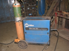 Chopper Box, Forage Boxes & Forage Wagon Metal Working Tools - Miller Mig Heavy Duty Wire Feed Welder