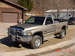2002 Dodge Ram 2500 - 4 Wheel Drive - Chopper Boxes / Forage Boxes / Forage Wagons - Repair